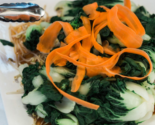 Steamed Bok Choi with Bean Sprouts and Carrots